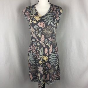 THE NORTH FACE tropical dress size medium